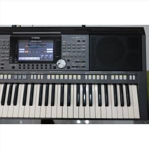 Yamaha PSR-S970 90%